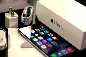 How to save a lot of money when buying an iPhone in Russia?